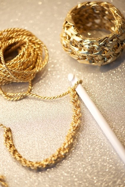 Crochet - bangle For a fun and sparkly New Year's Eve Bling Bling
