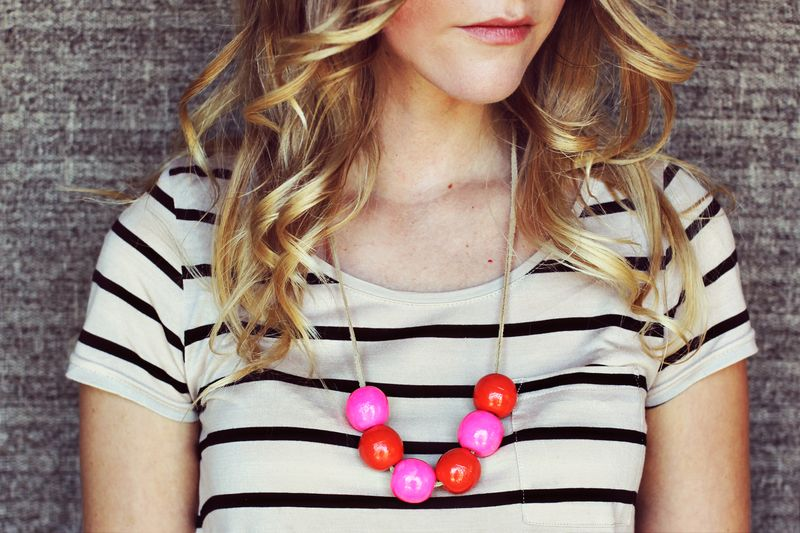 Handmade bauble necklace how-to