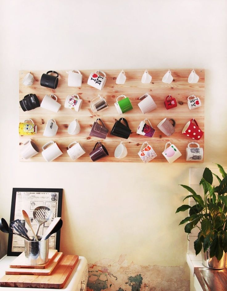 Decorate with mugs