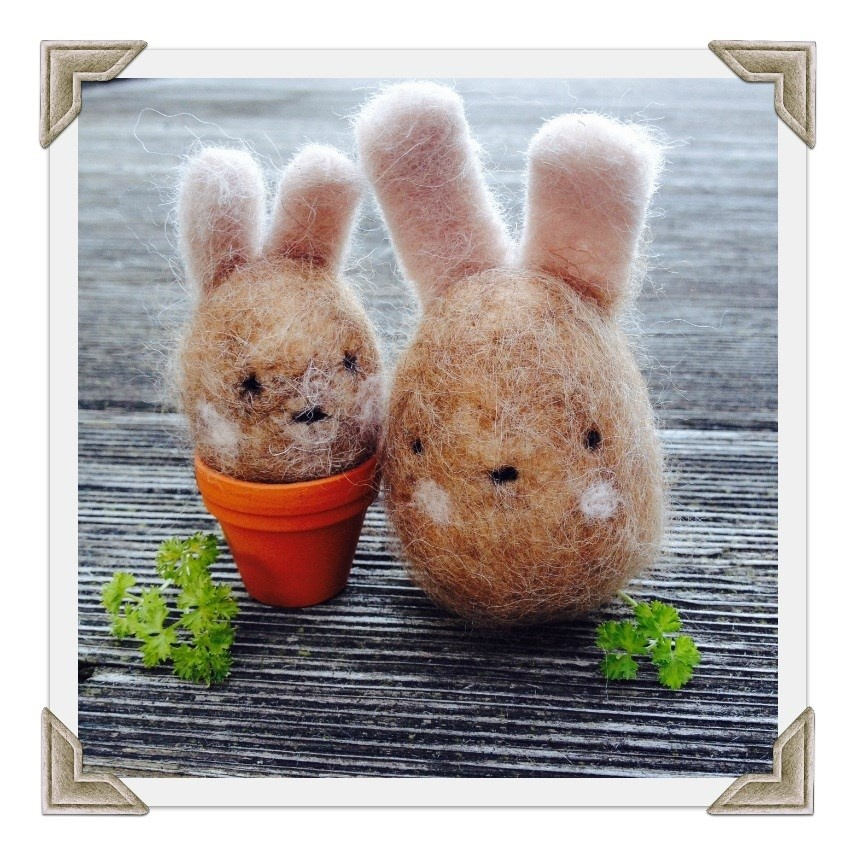 Needle Felted Rabbit Eggs Tutorial