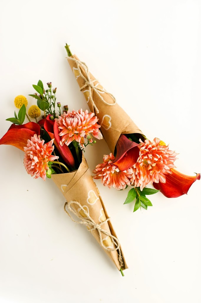 How to wrap a mini-bouquet of thanks DIY - CraftSmile