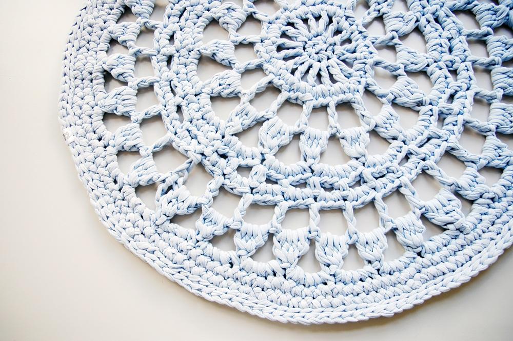 TUULO II. crochet doily rug