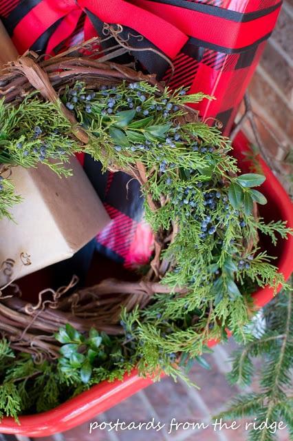 Simple Natural Christmas Wreaths ~ Home for Christmas
