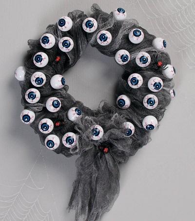 Decorative DIY Halloween Wreaths