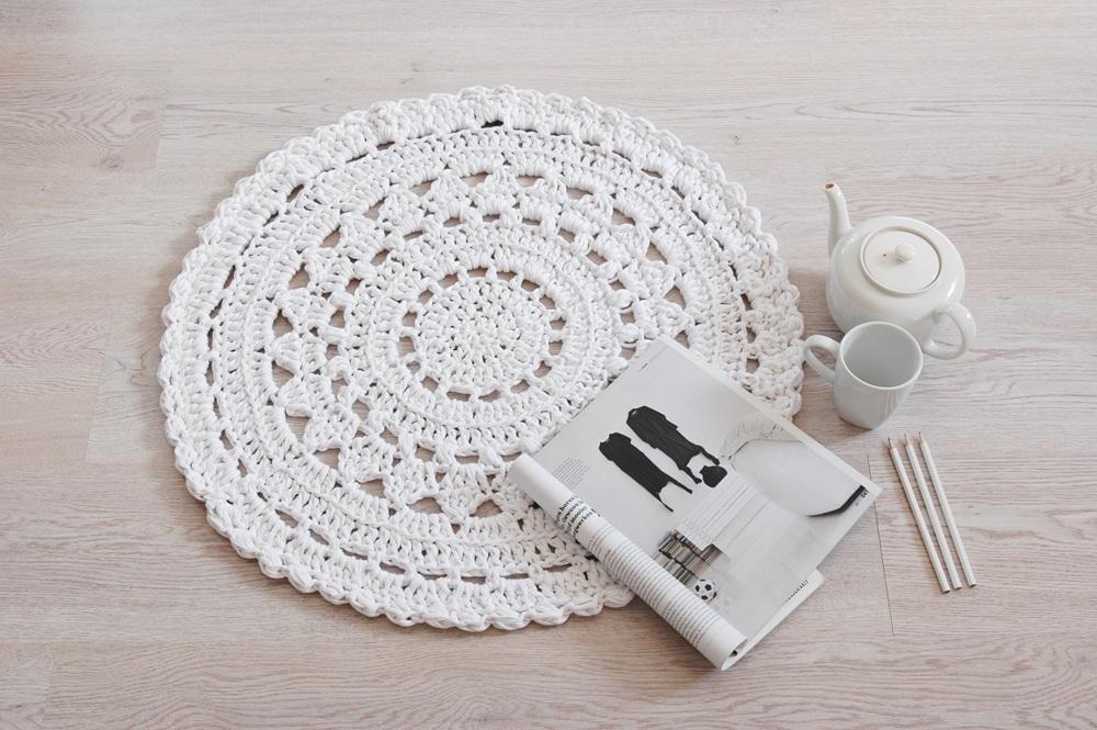 NUULO. doily crochet rug