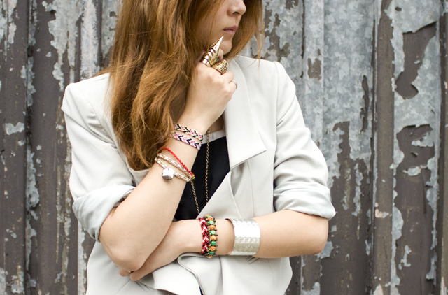 Diy: chevron (arrow head) friendship bracelets
