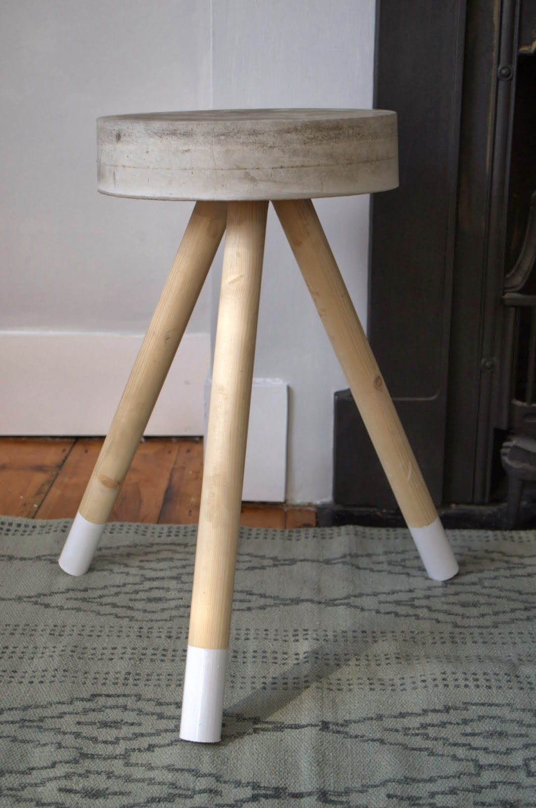 Concrete stool...DIY