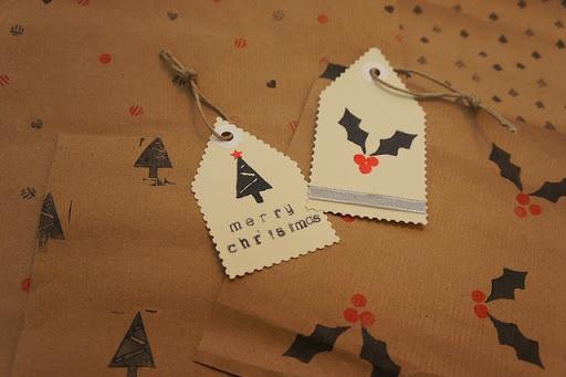 Sunday DIY Christmas Giftwrap With Homemade Stamps