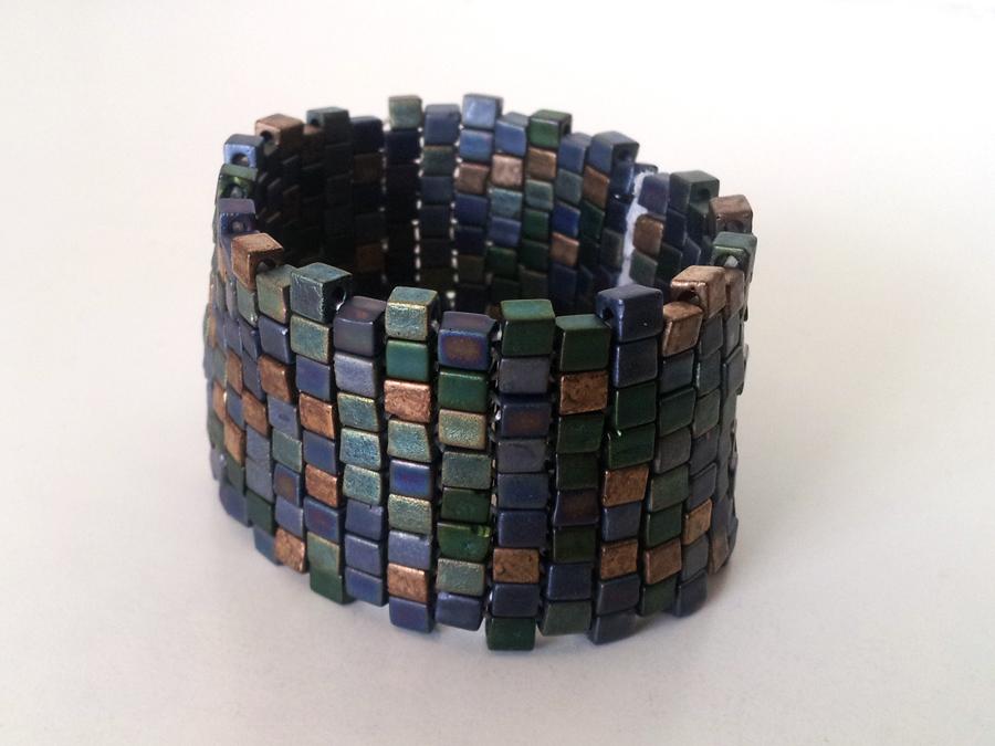 DIY _ beaded stretch cuff bracelet