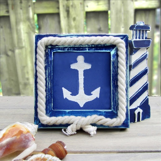 DIY Nautical Picture Frame