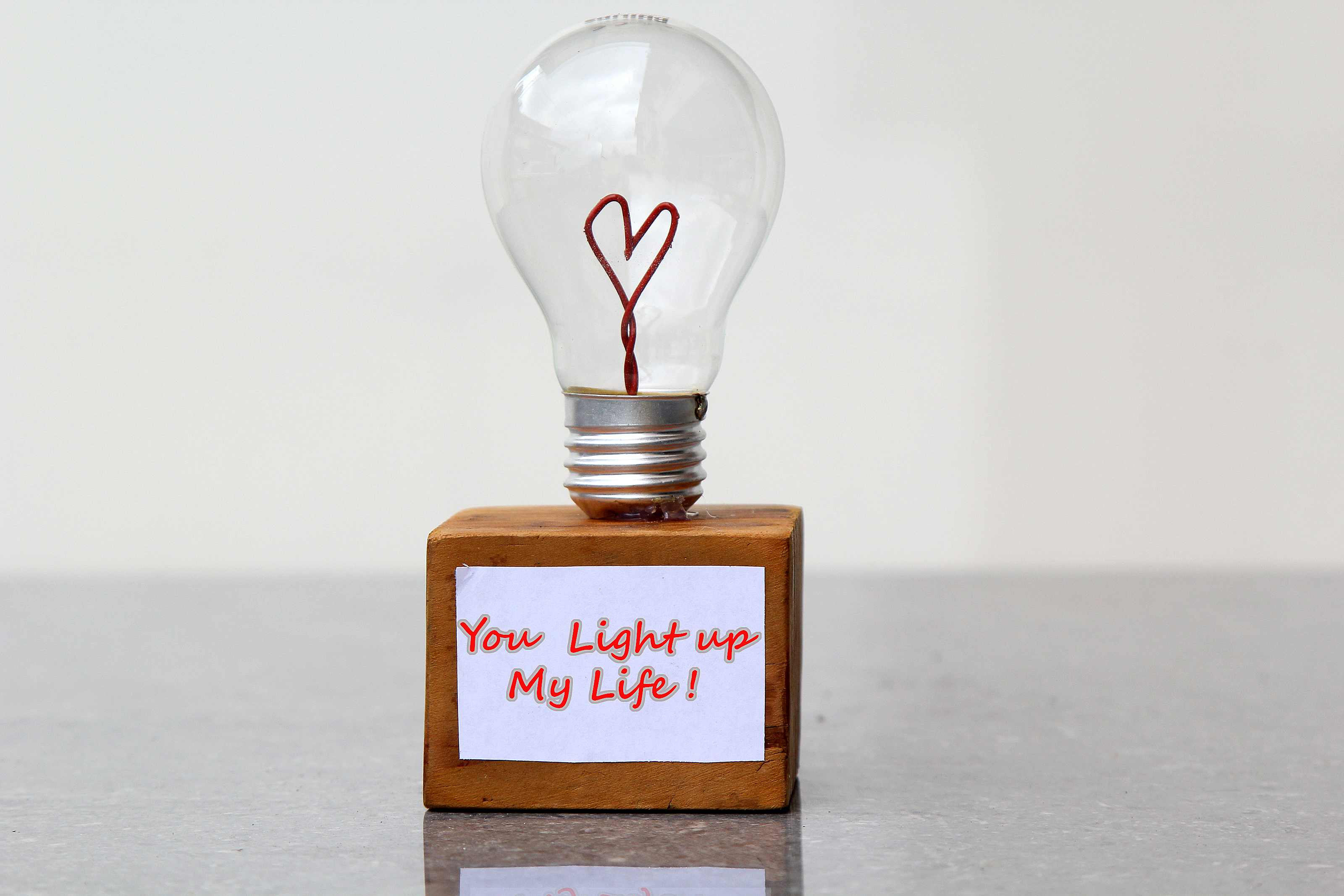 How to Make a Valentines Day Light Bulb Gift