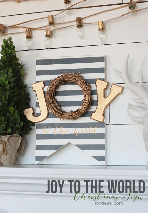 DIY Painted Christmas Sign landeelu.com