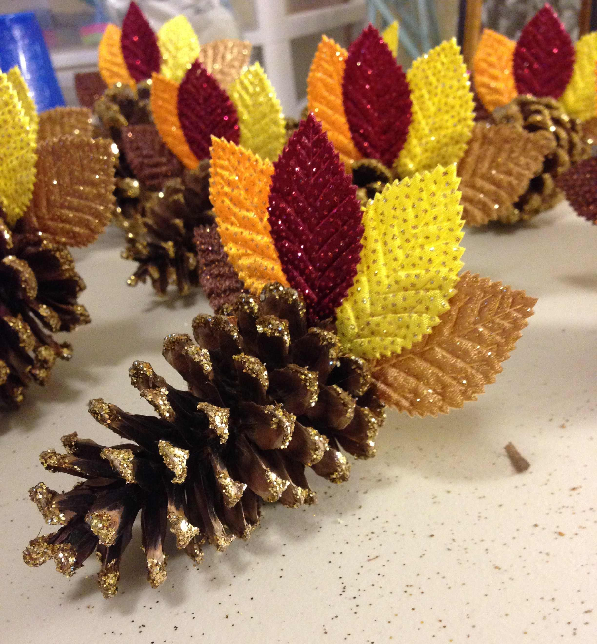 Thanksgiving Turkey Place Card Holders Tutorial
