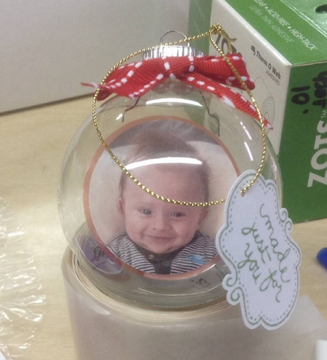 Crafting with kids...Floating Christmas ornaments