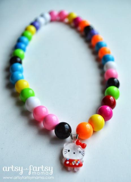 DIY Hello Kitty Bubblegum Necklace