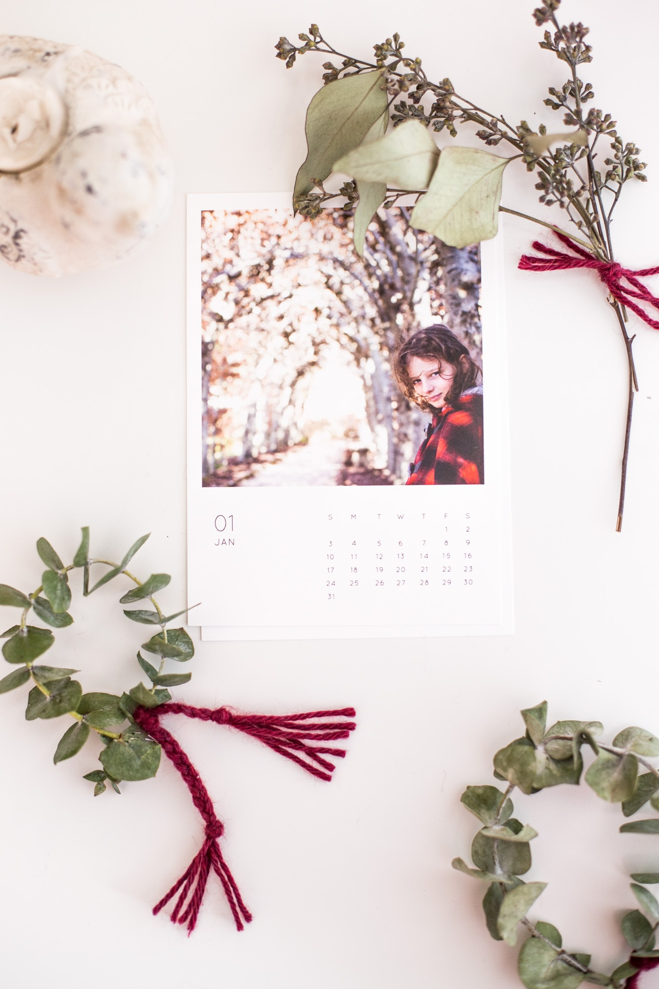 2016 Photo Calendar + DIY Wreath Gift Wrap