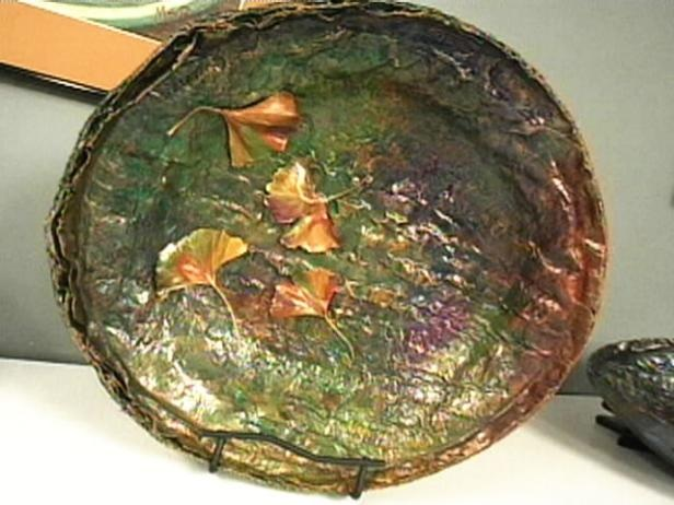 How to Make a Papier Mache Bowl With Leaves