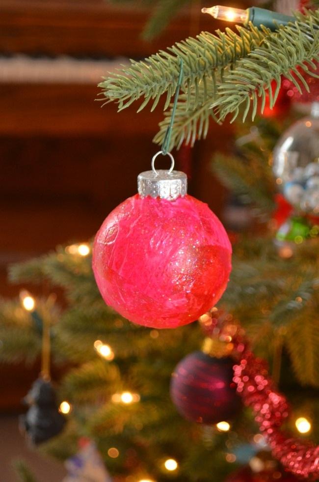 Colorful sparkle DIY ornaments