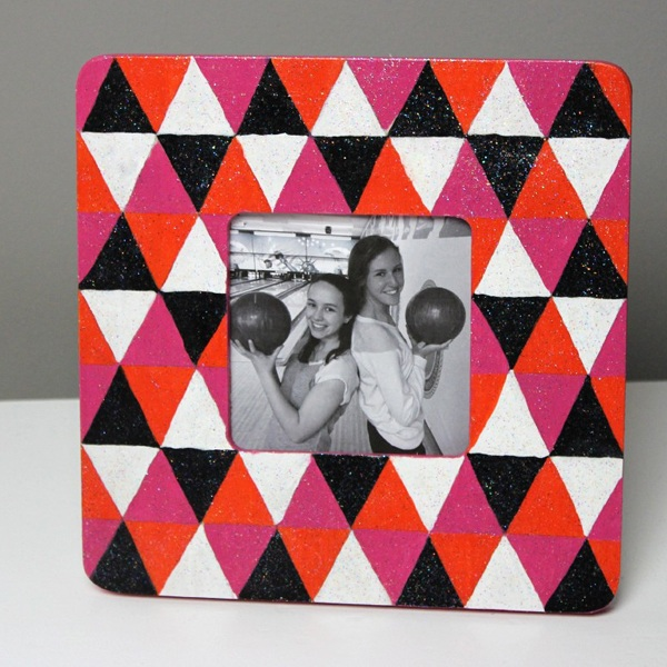 Modern Triangle Frame Tutorial from Courtney at A Little Craft In Your Day