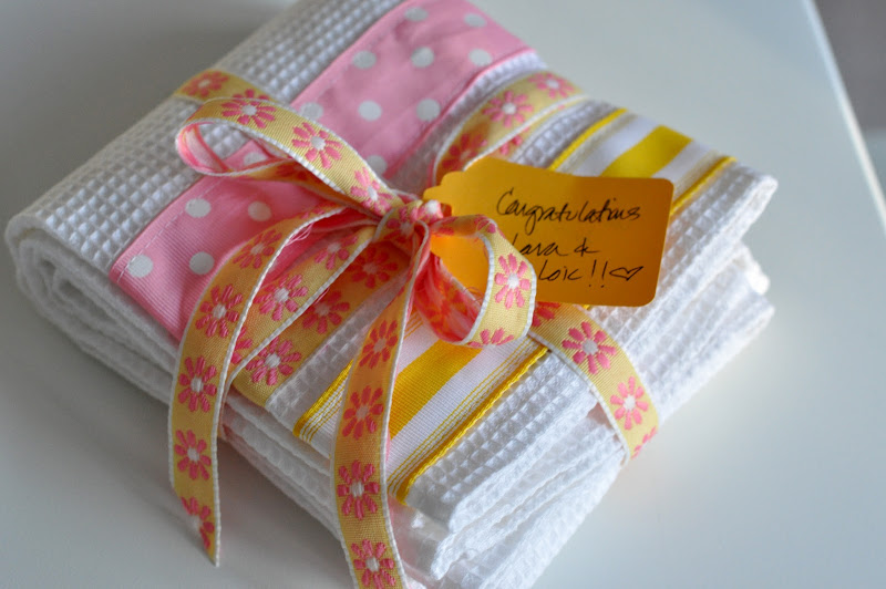 Ribbon Dish Towels (Tutorial)