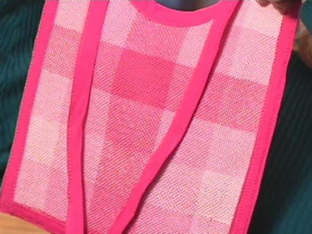 How to Weave a Baby Bib