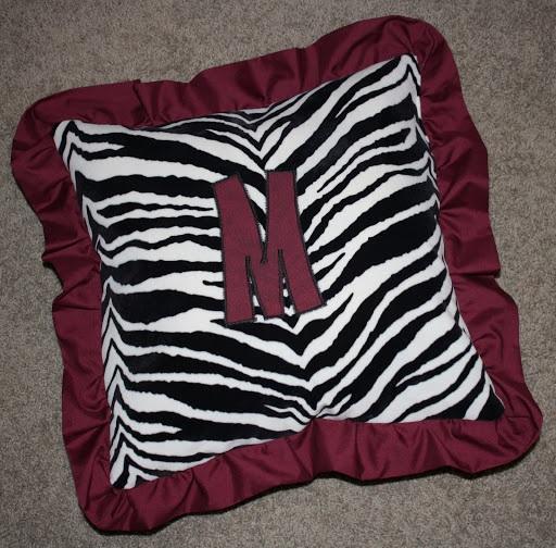 Tutorial How To Make A Ruffled Monogram Pillow