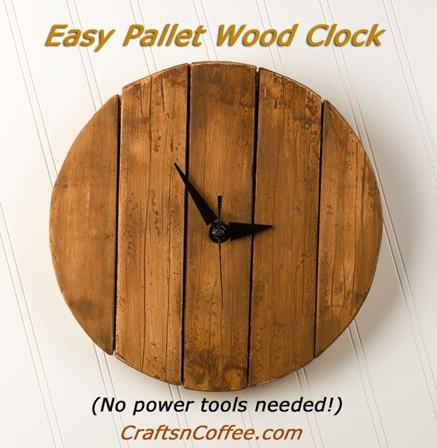How to make a Rustic, Faux Pallet Wood Wall Clock