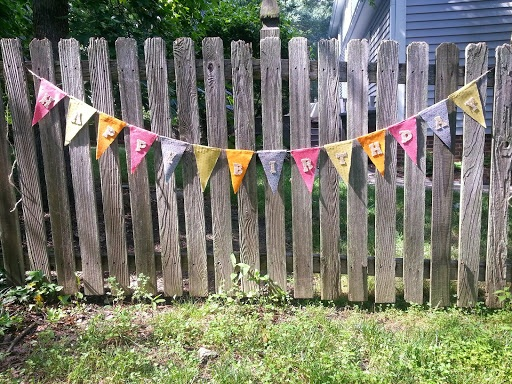 Make 04 Easy No Sew Pennant Banner