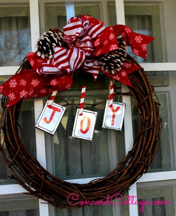 How to make a Joy Grapevine Wreath