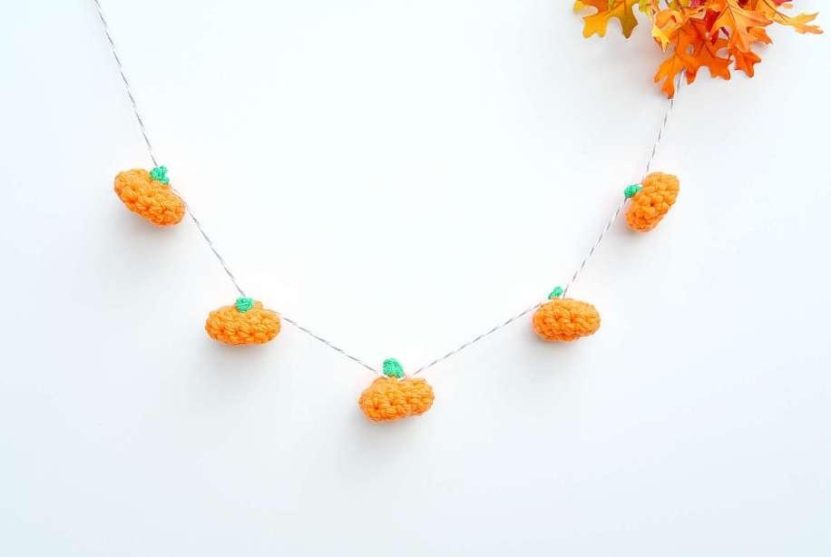 Little Crochet Pumpkin and Garland |