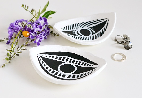 Make your decor | Eye-shaped trinket dish | Make and Tell