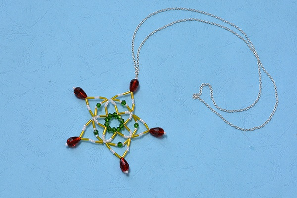 Christmas Necklaces to Make ¨C Long Chain Pendent Necklace with Beaded Snowflake Pattern