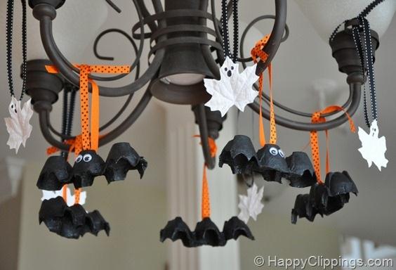 DIY: Halloween Egg Carton Bats and Leaf Ghosts (Kids Craft)