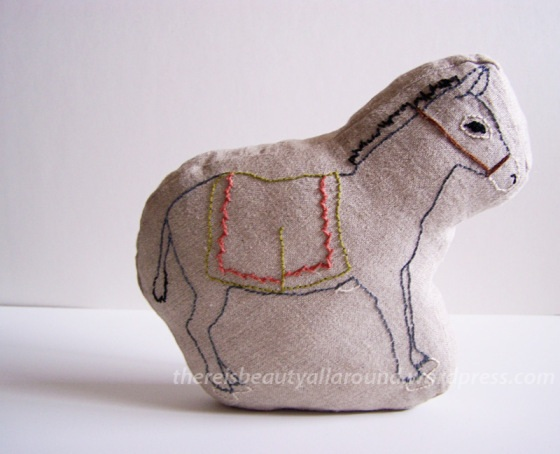Tutorial: Sewing Fabric Block Animals | Beauty All Around