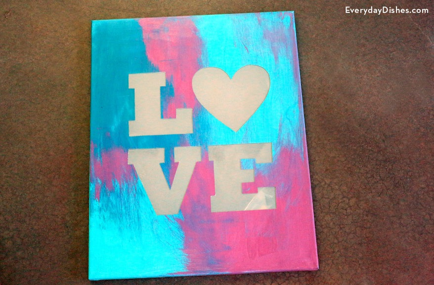 How to Make a 'LOVE' Lit Canvas Sign