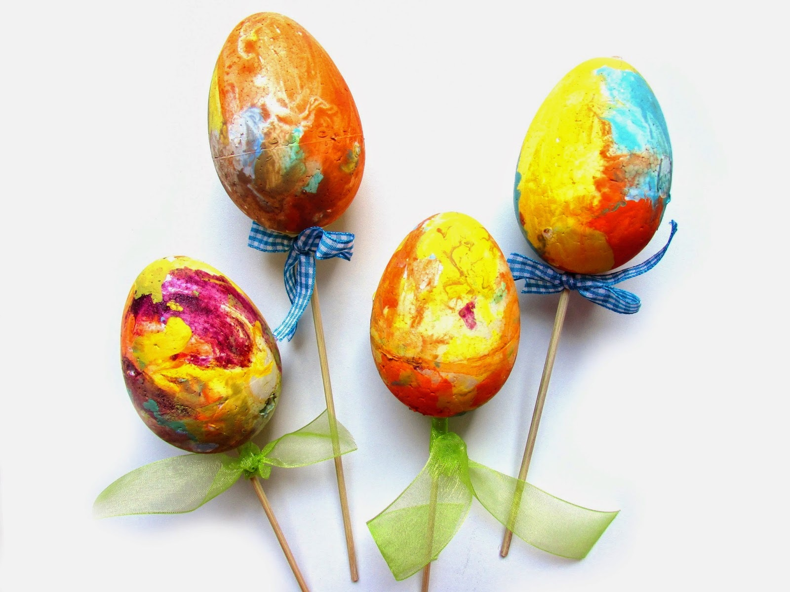 Ef Zin Creations: DIY Easter Eggs on a Stick!!!