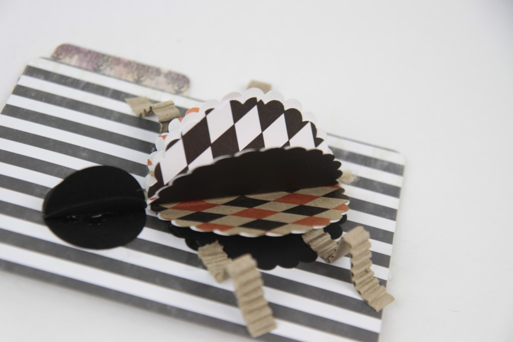 The Creative Studio DIY Paper Spider