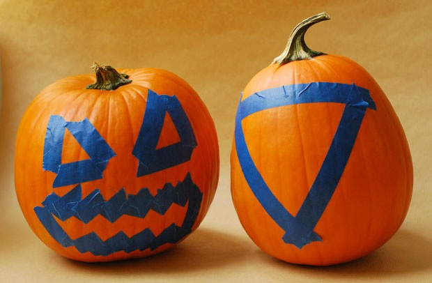 How to Make DIY Chalkboard Pumpkins in 3 Easy Steps