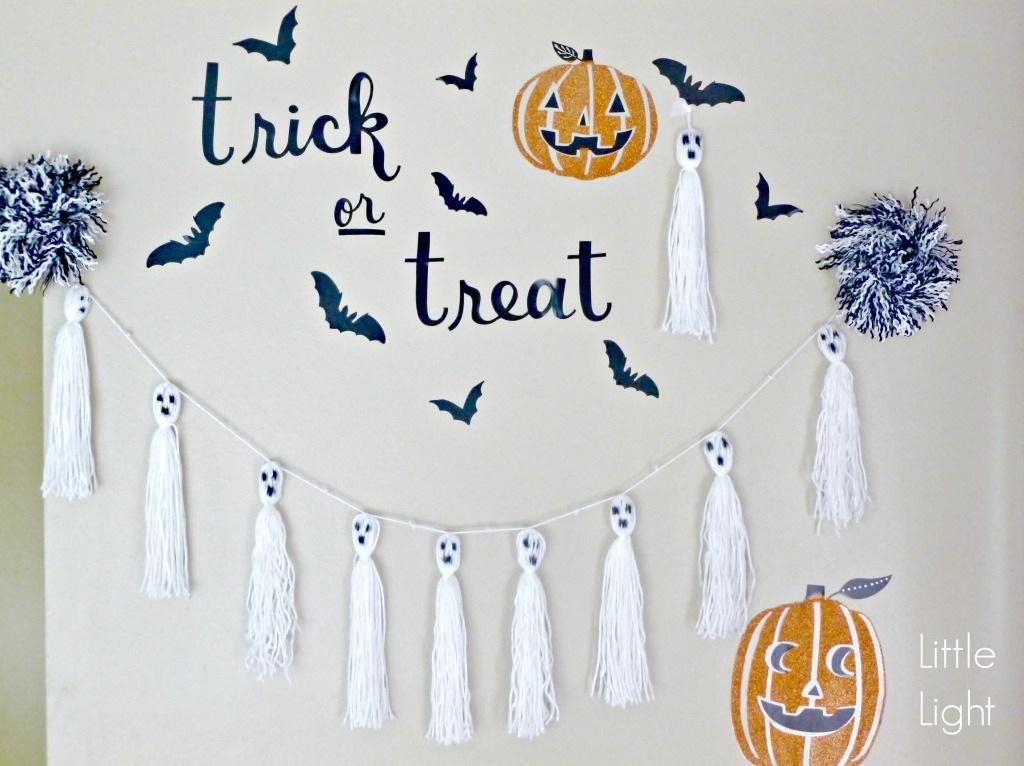 DIY Ghost Tassels Halloween Decor