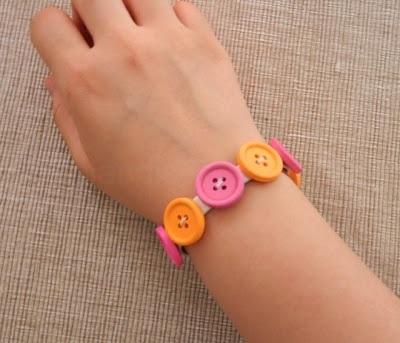 DIY Colorful Button Bracelet