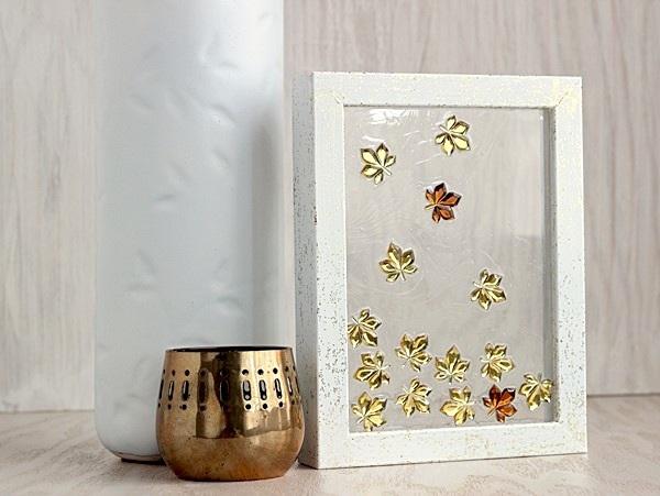 Simple falling leaves DIY frame