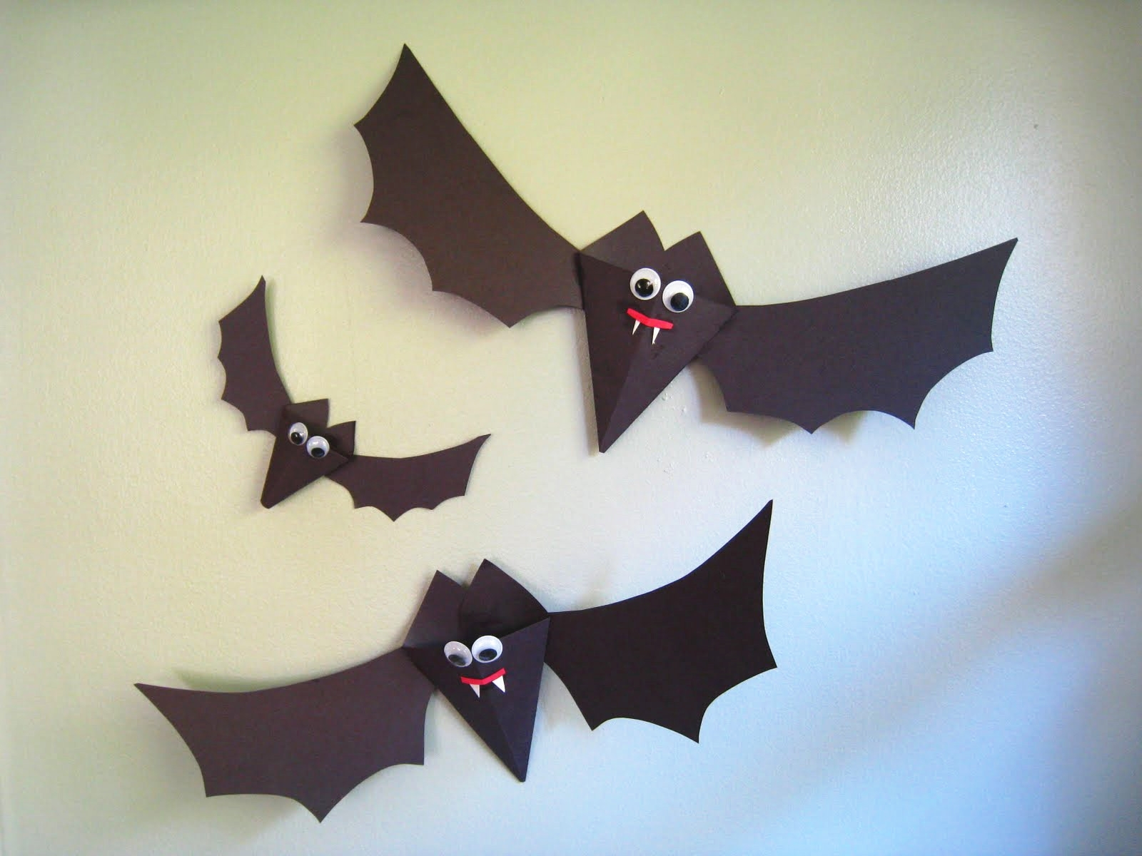 Halloween Craft Paper Bats
