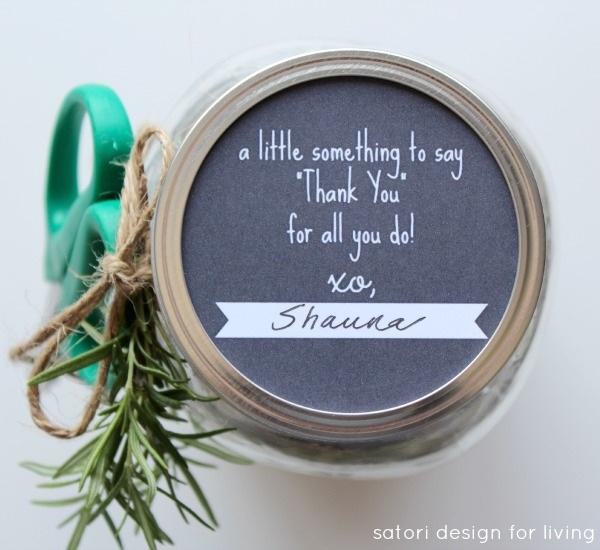 Easy Garden Themed Hostess Gift with Jar Printable