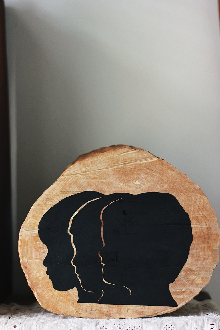 WoodenSilhouetteDecor.