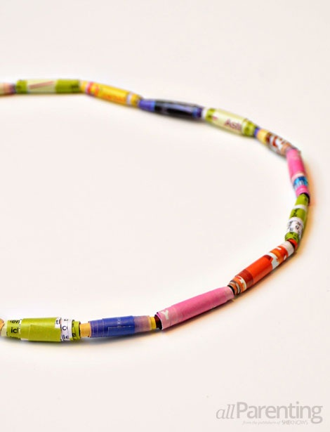 Magazine bead necklace for kids