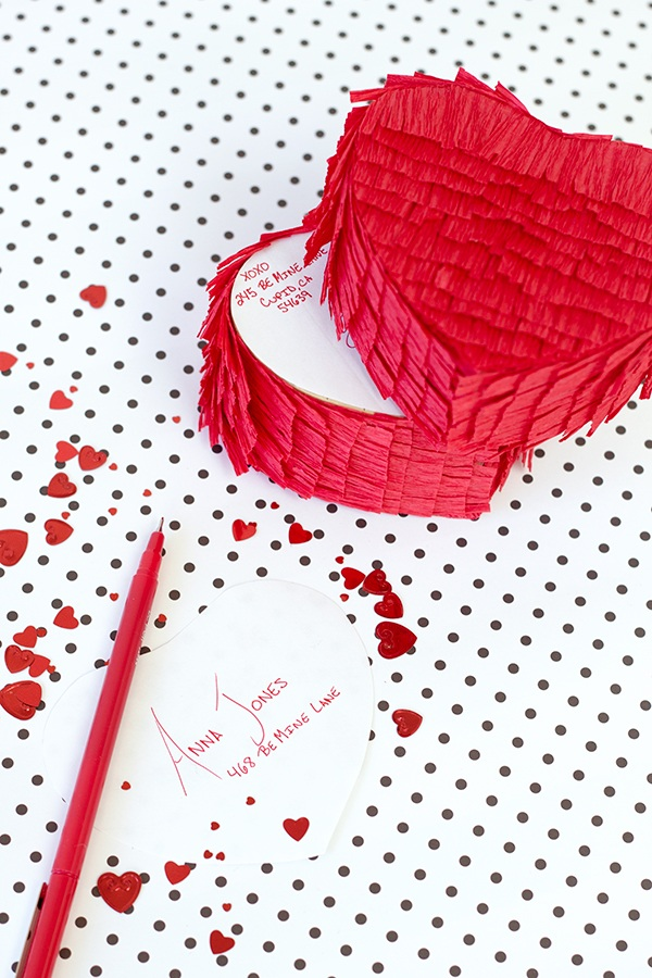 DIY Pinata Love Gram Valentine
