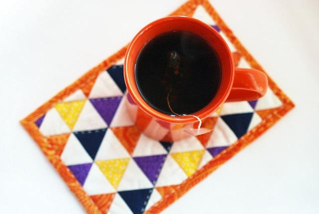 Project EPP halloween ish triangle mug rug