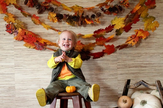 How To Make A Leaf Garland Photo Booth Backdrop