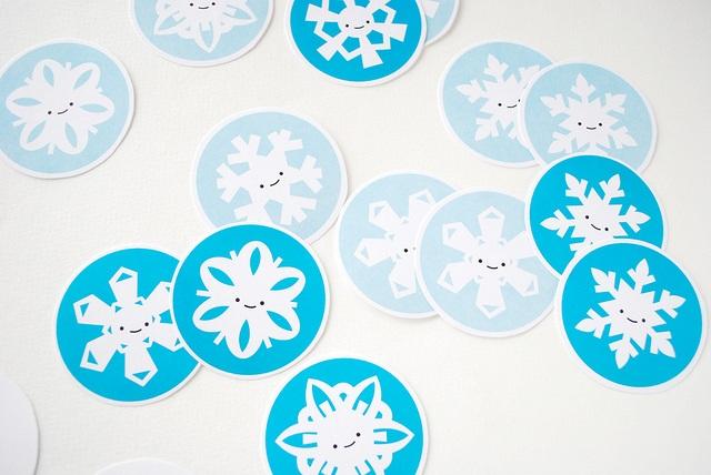 Print snowflake memory game