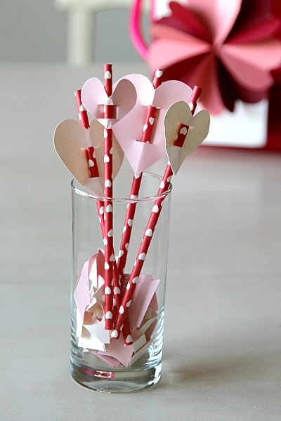 Valentines Day Straw Toppers DIY
